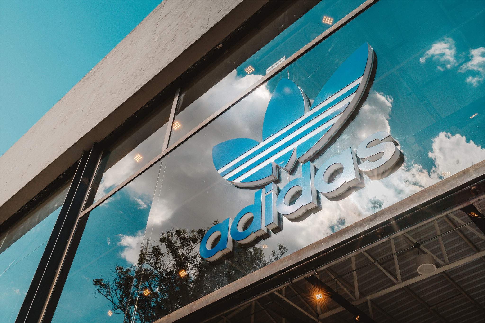 ADIDAS ((WORK//WITH//US//LAT))